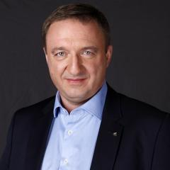 Первый заместитель Генерального директора по развитию и продажам ВТБ Страхование, член Правления, председатель продуктового комитета.